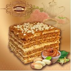 """Торт """"Медовик"""" ореховый вес 2,3 кг"""